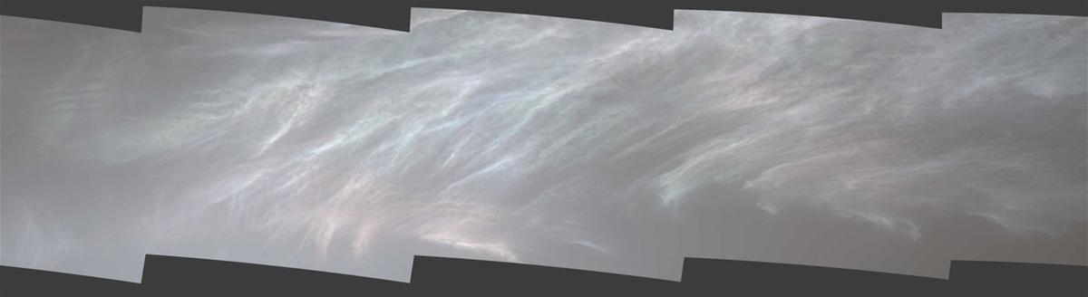 NASA Clouds on Mars